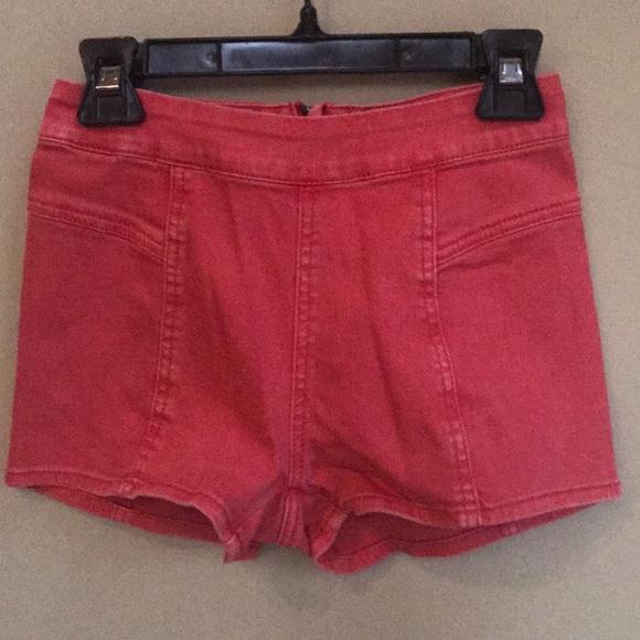 Bullhead Pants - Bullhead coral hot shorts